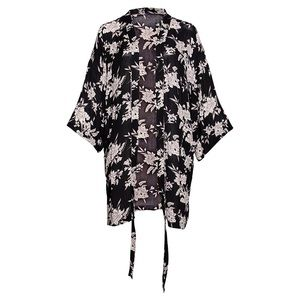 HOST PICK 💕 NWOT Spiritual Gangster Maya kimono